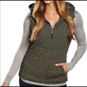 Be by Blanc Noir Green Quilted Knit Hooded Vest L